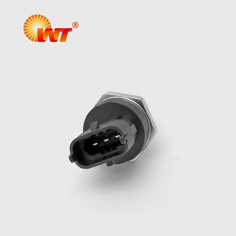 高压共轨传感器0281006365