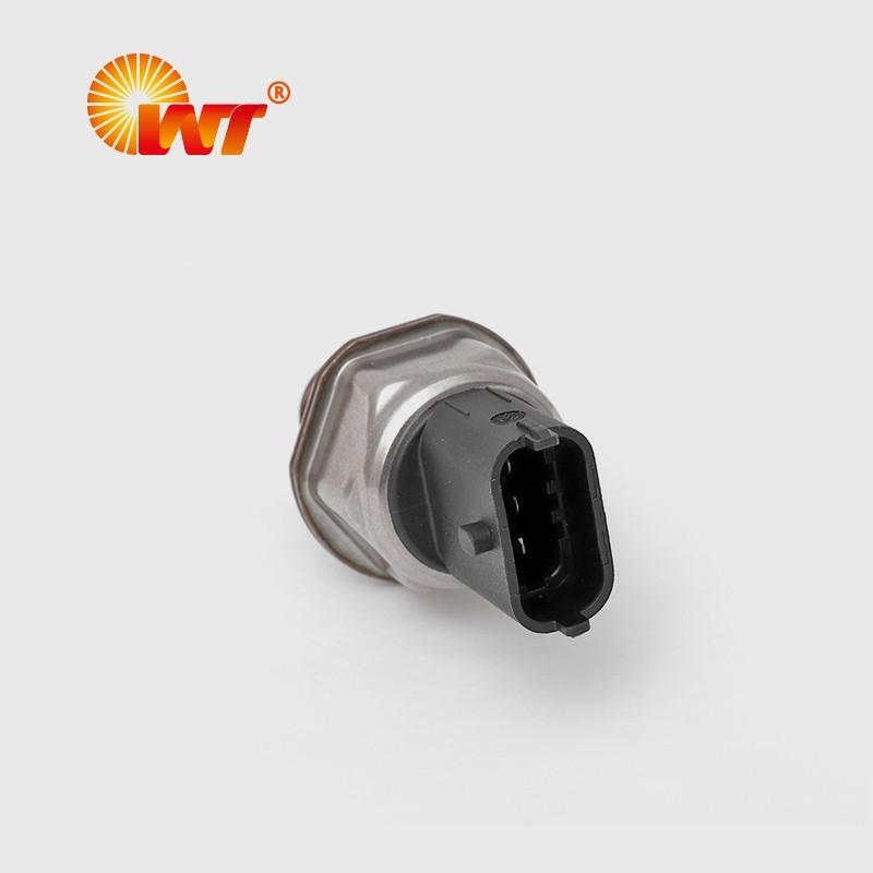 高压共轨传感器35PP1-1