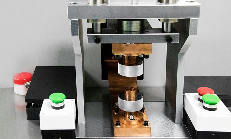 沃天自动化生产-充油机